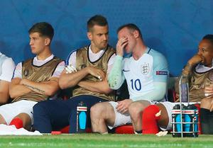 Wayne Rooney shows his frustration on the bench after being replaced during the UEFA EURO 2016 round of 16 match between England and Iceland at Allianz Riviera Stadium on June 27, 2016 in Nice, France.  (Photo by Alex Livesey/Getty Images)