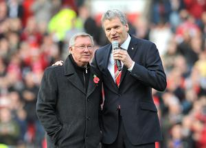File photo dated 05/11/2011 of Manchester United manager Sir Alex Ferguson with Chief Executive David Gill. PRESS ASSOCITAION Photo. Issue date: Wednesday May 8, 2013.  See PA Story SOCCER Man Utd. Photo credit should read: Martin Rickett/PA Wire.