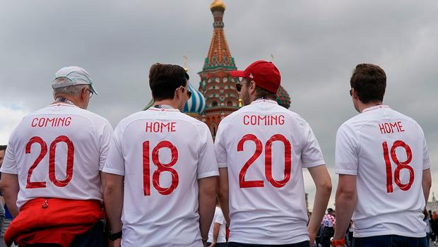 MOSCOW, RUSSIA - JULY 11:  England fans gather in Red Square ahead of tonight's World Cup semi-final game between England and Croatia on July 11, 2018 in Moscow, Russia.  (Photo by Christopher Furlong/Getty Images)