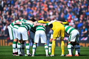GLASGOW, SCOTLAND - APRIL 17:  The Celtic team huddle ahead of the William Hill Scottish Cup semi final between Rangers and Celtic at Hampden Park on April 17, 2016 in Glasgow, Scotland.  (Photo by Jeff J Mitchell/Getty Images)