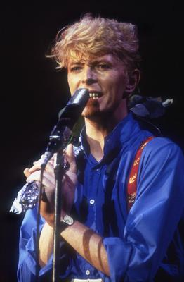 Bowie In Concert...British singer David Bowie in concert, 1983. (Photo by Dave Hogan/Hulton Archive/Getty Images)...Ent