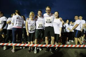 Press Eye - Belfast -  Northern Ireland - 24th June 2015 - Caroline McNeill, Chris Brown, Paul McErlean and Rebecca Kincade at the start line of the first ever Grant Thornton Runway Run at Belfast City Airport this evening. Picture by Kelvin Boyes / Press Eye.