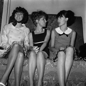 Cilla Black, Petula Clark and Sandie Shaw at the Dorchester Holel, London for the Variety Club of great Britain in Tribute To the Record Industry in 1965. PA Wire.