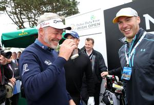 Press Eye - Belfast - Northern Ireland - 27th May 2015? Dubai Duty Free Irish Open at Royal County Down Pro-Am Day Darren Clarke with former Irish rugby player Stephen Ferris. Picture by Kelvin Boyes / Press Eye?