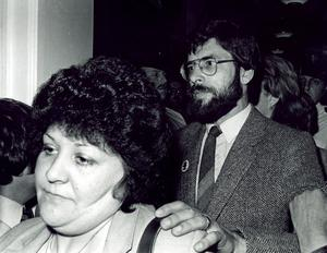 PACEMAKER BFST 26-03-98; Gerry Adams pictured with his wife Collette at Belfast's City Hall.