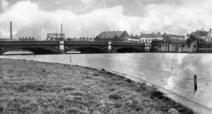 The Albert Bridge.  15/1/1932 BELFAST TELEGRAPH ARCHIVE