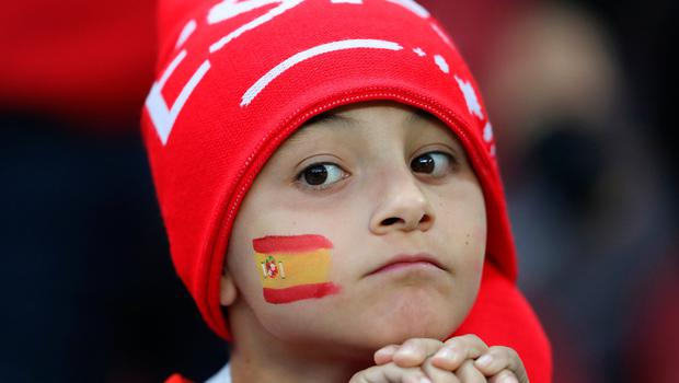 KAZAN, RUSSIA - JUNE 20:  A Spain fan enjoys the pre match atmosphere prior during the 2018 FIFA World Cup Russia group B match between Iran and Spain at Kazan Arena on June 20, 2018 in Kazan, Russia.  (Photo by Richard Heathcote/Getty Images)