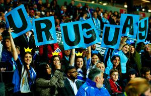 Uruguay fans show their support prior to the 2015 Rugby World Cup Pool A match between Fiji and Uruguay at Stadium mk on October 6, 2015 in Milton Keynes, United Kingdom.  (Photo by Mike Hewitt/Getty Images)