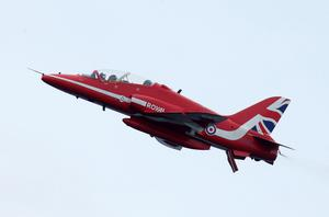 Press Eye - Belfast - Northern Ireland - 3rd September 2016 -   The Red Arrows perform at the Air Waves Portrush, Northern Ireland International Airshow. Organised by Causeway Coast and Glens Borough Council, over 100,000 spectators descended upon Portrush's eastern shoreline for two days of flying displays by some of the world's most famous aviation attractions.  Photo by Kelvin Boyes / Press Eye