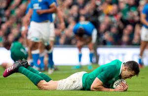 Ireland's Jacob Stockdale scores his side's seventh try during the NatWest 6 Nations match at the Aviva Stadium, Dublin. PRESS ASSOCIATION Photo. Picture date: Saturday February 10, 2018. See PA story RUGBYU Ireland. Photo credit should read: Brian Lawless/PA Wire. RESTRICTIONS APPLY: Editorial use only. No commercial or promotional use without prior consent from IRFU. No alterations or doctoring.