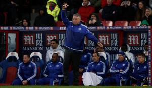 Chelsea's Dutch manager Guus Hiddink (C) shouts instructions to his players from the touchline during the English Premier League football match between Crystal Palace and Chelsea at Selhurst Park in south London on January 3, 2016. AFP PHOTO / ADRIAN DENNIS  RESTRICTED TO EDITORIAL USE. NO USE WITH UNAUTHORIZED AUDIO, VIDEO, DATA, FIXTURE LISTS, CLUB/LEAGUE LOGOS OR 'LIVE' SERVICES. ONLINE IN-MATCH USE LIMITED TO 75 IMAGES, NO VIDEO EMULATION. NO USE IN BETTING, GAMES OR SINGLE CLUB/LEAGUE/PLAYER PUBLICATIONS.ADRIAN DENNIS/AFP/Getty Images