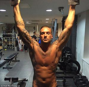 Calum Best hitting the gym