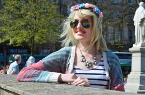 Pacemaker Press Belfast 22-04-2015: Warm weather across Northern Ireland. Natasha O'Hare from Belfast pictured enjoy the sunshine in Belfast City Centre Northern Ireland. Picture By: Arthur Allison.