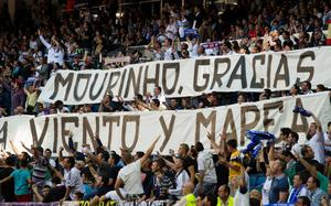MADRID, SPAIN - JUNE 01:  Real Madrid fans display a giant banner thanking head coach Jose Mourinho of Real Madrid during his last La Liga match between Real Madrid CF and CA Osasuna at estadio Santiago Bernabeu on June 1, 2013 in Madrid, Spain.  (Photo by Denis Doyle/Getty Images)