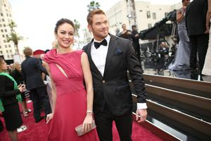 HOLLYWOOD, CA - MARCH 02:  (L-R) Olga Kurylenko and Kellan Lutz attend the Oscars at Hollywood & Highland Center on March 2, 2014 in Hollywood, California.  (Photo by Christopher Polk/Getty Images)