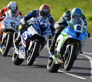Fastest man: Dean Harrison ahead of Dan Kneen and Conor Cummins in Superbike 2