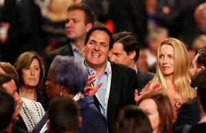 LAS VEGAS, NV - OCTOBER 19:  Investor and Dallas Mavericks owner Mark Cuban arrives prior to the start of the third U.S. presidential debate at the Thomas & Mack Center on October 19, 2016 in Las Vegas, Nevada. Tonight is the final debate ahead of Election Day on November 8.  (Photo by Joe Raedle/Getty Images)