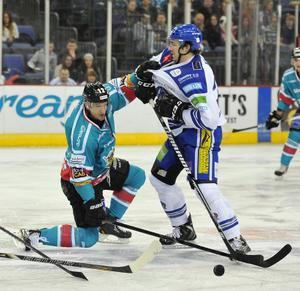 21/12/13: Jeff Szwez of the Belfast Giants in action against of the Benn Olson of the Coventry Blaze during the Elite League game at the Odyssey Arena.