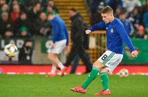 BELFAST, NORTHERN IRELAND - MARCH 24:  Steven Davis of Northern Ireland warms up prior to the 2020 UEFA European Championships Group C qualifying match between Northern Ireland and Belarus at Windsor Park on March 24, 2019 in Belfast, United Kingdom. (Photo by Charles McQuillan/Getty Images)