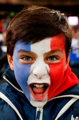 LONDON, ENGLAND - SEPTEMBER 23:  A France fan enjoys the pre match atmosphere prior to kickoff during the 2015 Rugby World Cup Pool D match between France and Romania at the Olympic Stadium on September 23, 2015 in London, United Kingdom.  (Photo by Mike Hewitt/Getty Images)