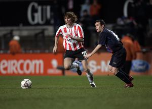 FAI Carlsberg Cup Final 3/12/2006 Derry City vs Saint Patrick's Athletic Pat McCourt of Derry gets away from his marker Mandatory Credit ©INPHO/Donall Farmer