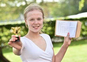 Pacemaker Press 20-08-2020:  Student Sarah Duffy pictured celebrating GCSE success at St Dominic's Grammar School Belfast .There has been a significant rise in the number of top GCSE grades in Northern Ireland. Grades A*-A were awarded to 37.1% of entries, up from just under a third of entries in 2019. Picture By: Arthur Allison/ Pacemaker Press.