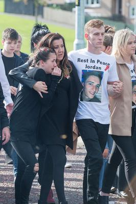 The funeral of Jordan McConomy, who was fatally injured last weekend in William Street, Derry, arrives at St Joseph's Church in Galliagh. Picture Martin McKeown. Inpresspics.com. 30.09.17