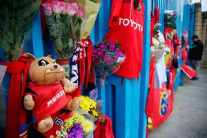 Tributes outside Thomond Park in Limerick placed by Munster Rugby fans after the death of head coach Anthony Foley.Niall Carson/PA Wire