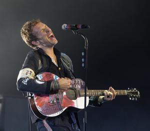 19.12.08. Pictures by David Fitzgerald. Coldplay playing in the Odyssey Arena last night.