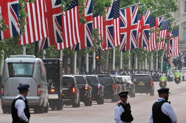 The motorcade makes its way to Clarence House (Gareth Fuller/PA)