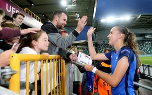 France's Helene Fercocq celebrates reaching the final and signs some autographs as she enjoys her spell in the spotlight.  Photo by William Cherry/Presseye