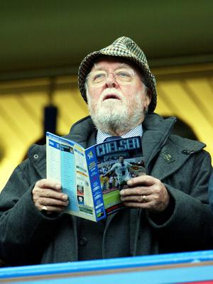 (FILE PHOTO) British Film Actor And Director Lord Richard Attenborough Dies Aged 90 LONDON - OCTOBER 25:   Actor Sir Richard Attenbrough watches from the stands during the FA Barclaycard Premiership match between Chelsea and Manchester City at Stamford Bridge on October 25, 2003 in London. (Photo by Phil Cole/Getty Images)