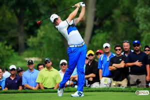 ROCHESTER, NY - AUGUST 08:  Rory McIlroy of Northern Ireland hits his tee shot on the ninth hole during the first round of the 95th PGA Championship on August 8, 2013 in Rochester, New York.  (Photo by Sam Greenwood/Getty Images)