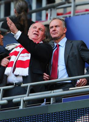 LONDON, ENGLAND - MAY 25:  Uli Hoeness President of Bayern Muenchen (L) and Karl-Heinz Rummenigge ahead of the UEFA Champions League final match between Borussia Dortmund and FC Bayern Muenchen at Wembley Stadium on May 25, 2013 in London, United Kingdom.  (Photo by Alex Grimm/Getty Images)