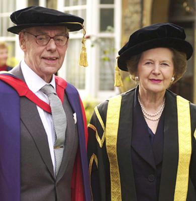 Librray filer dated 10/11/00 of Sir Denis Thatcher (left), accompanied by his wife and former British Prime Minister Margaret Thatcher (centre), after receiving his first honorary degree from the University of Buckingham in Buckinghamshire. PRESS ASSOCIATION Photo. Issue date: Monday April 8, 2013. Baroness Thatcher died this morning following a stroke, her spokesman Lord Bell said. See PA story DEATH Thatcher. Photo credit should read: Kirsty Wigglesworth/PA Wire