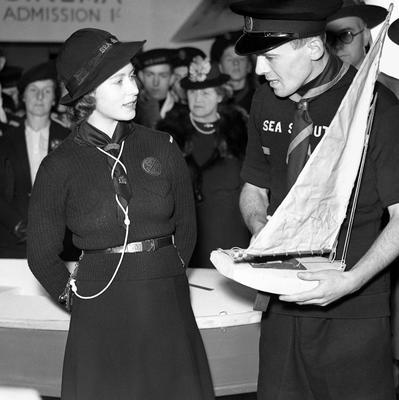 File photo dated18/04/1944 of Princess Elizabeth (now Queen Elizabeth II) visiting the National Sea Scouts Exhibition at the London Scottish Headquarters in Buckingham Gate as the Queen turns 90 on the April 21st. PRESS ASSOCIATION Photo. Issue date: Sunday April 3, 2016. See PA story ROYAL Birthday. Photo credit should read: PA Wire