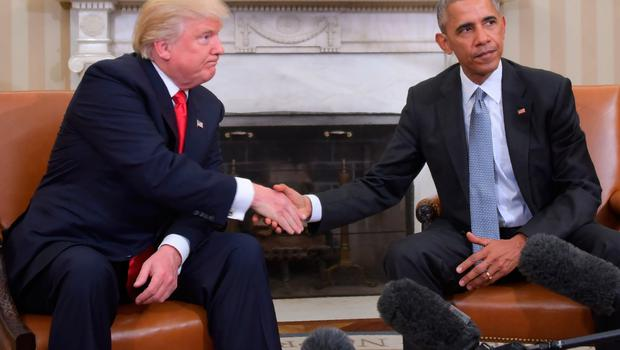US President Barack Obama and President-elect Donald Trump shake hands during a  transition planning meeting in the Oval Office at the White House on November 10, 2016 in Washington,DC.  / AFP PHOTO / JIM WATSONJIM WATSON/AFP/Getty Images