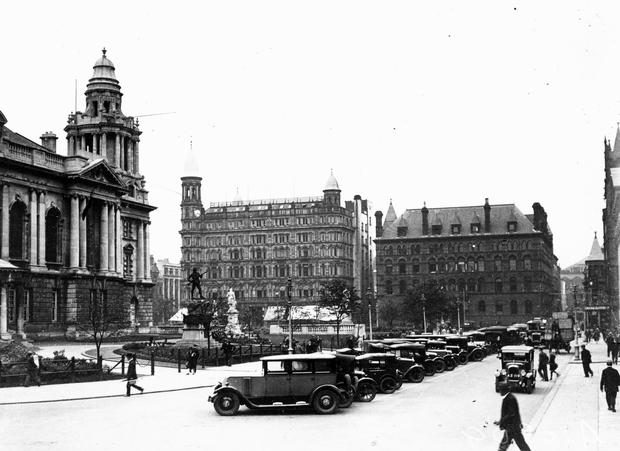 Donegall Square East, Showing a row of parked cars. Belfast   10/9/1928 BELFAST TELEGRAPH COLLECTION/NMNI