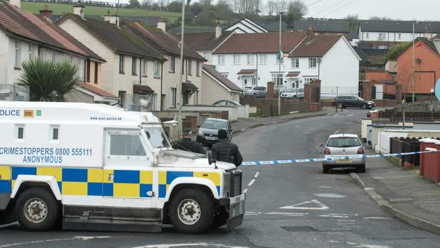 Police are at the scene of a security alert in Londonderry. Photo: Martin McKeown.