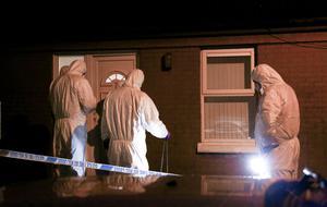 Detectives from the Major Investigation Team revisit the home of Joe Reilly in the early hours of Sunday morning in Glenwood Court where he was murdered earlier this week.  October 23rd 2016, Northern Ireland (Photo by Kevin Scott / Presseye)