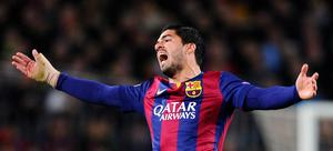 Barcelona's Luis Suarez gestures during a Champions League round of 16 second leg, soccer match between FC Barcelona and Manchester City at Camp Nou stadium, in Barcelona, Spain, Wednesday, March 18, 2015. (AP Photo/Manu Fernandez)