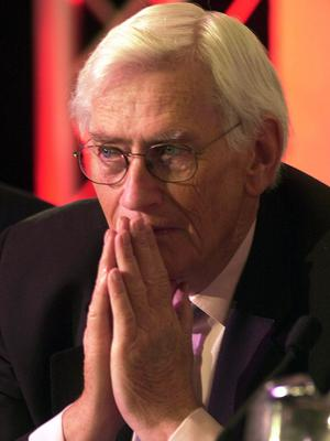 PACEMAKER BELFAST  11/11/2001  Former Deputy leader of the SDLP Seamus Mallon pictured at the party's annual conference at the Slieve Donard Hotel in Newcastle Co Down this afternoon.