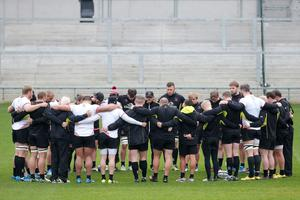 Press Eye Belfast - Northern Ireland 19th October  Ulster Rugby captain's run ahead of their Saturday night European Rugby Champions Cup game against the Exeter Chiefs at Kingspan Stadium.   Ulster hold a minutes silence in remembrance of former Ireland player and Munster coach Anthony Foley who died last weekend and is being buried today.   Picture by Jonathan Porter/Press Eye