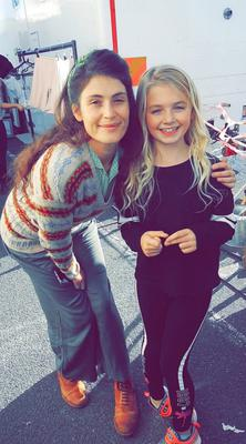 Pictured Aoibhine McFlynn (11) with Gemma Arterton