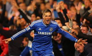 LONDON, ENGLAND - OCTOBER 27:  Fernando Torres of Chelsea celebrates scoring their second goal during the Barclays Premier League match between Chelsea and Manchester City at Stamford Bridge on October 27, 2013 in London, England.  (Photo by Clive Rose/Getty Images)