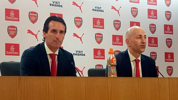 Arsenal's Ivan Gazidis and new manager Unai Emery (left) at the press conference to announce the club's successor to Arsene Wenger.