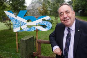 Scottish First Minister Alex Salmond outside his home in Strichen during a historic day for Scotland as voters determine whether the country should remain part of the United Kingdom. PRESS ASSOCIATION Photo. Picture date: Thursday September 18, 2014. See PA story REFERENDUM Main. Photo credit should read: Danny Lawson/PA Wire