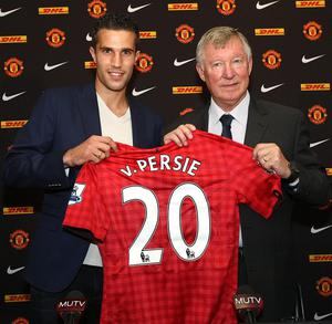 File photo dated 17/08/2012 of  Manchester United's new signing Robin Van Persie (left) with manager Sir Alex Ferguson following a press conference at Old Trafford, Manchester. PRESS ASSOCITAION Photo. Issue date: Wednesday May 8, 2013. Sir Alex Ferguson will retire at the end of this season, Manchester United have announced. See PA Story SOCCER Man Utd. Photo credit should read: Barrington Coombs/PA Wire.