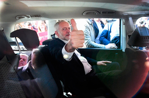 Jeremy Corbyn, Leader of the Labour Party, gives the thumbs up during a campaign rally on Buchanan Street on June 7, 2017 in Glasgow, Scotland. The Labour leader is holding six rallies across Scotland ,England, and Wales on today on the final day before polling day in General Election.  (Photo by Jeff J Mitchell/Getty Images)