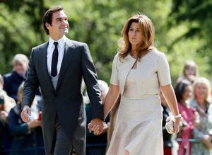 ENGLEFIELD, ENGLAND - MAY 20:  Swiss tennis player Roger Federer and his wife Mirka arrive at St Mark's Church ahead of the wedding of Pippa Middleton and James Matthews on May 20, 2017 in Englefield, England. Middleton, the sister of Catherine, Duchess of Cambridge is to marry hedge fund manager James Matthews in a ceremony Saturday where her niece and nephew Prince George and Princess Charlotte are in the wedding party, along with sister Kate and princes Harry and William. (Photo by Kirsty Wigglesworth - Pool/Getty Images)